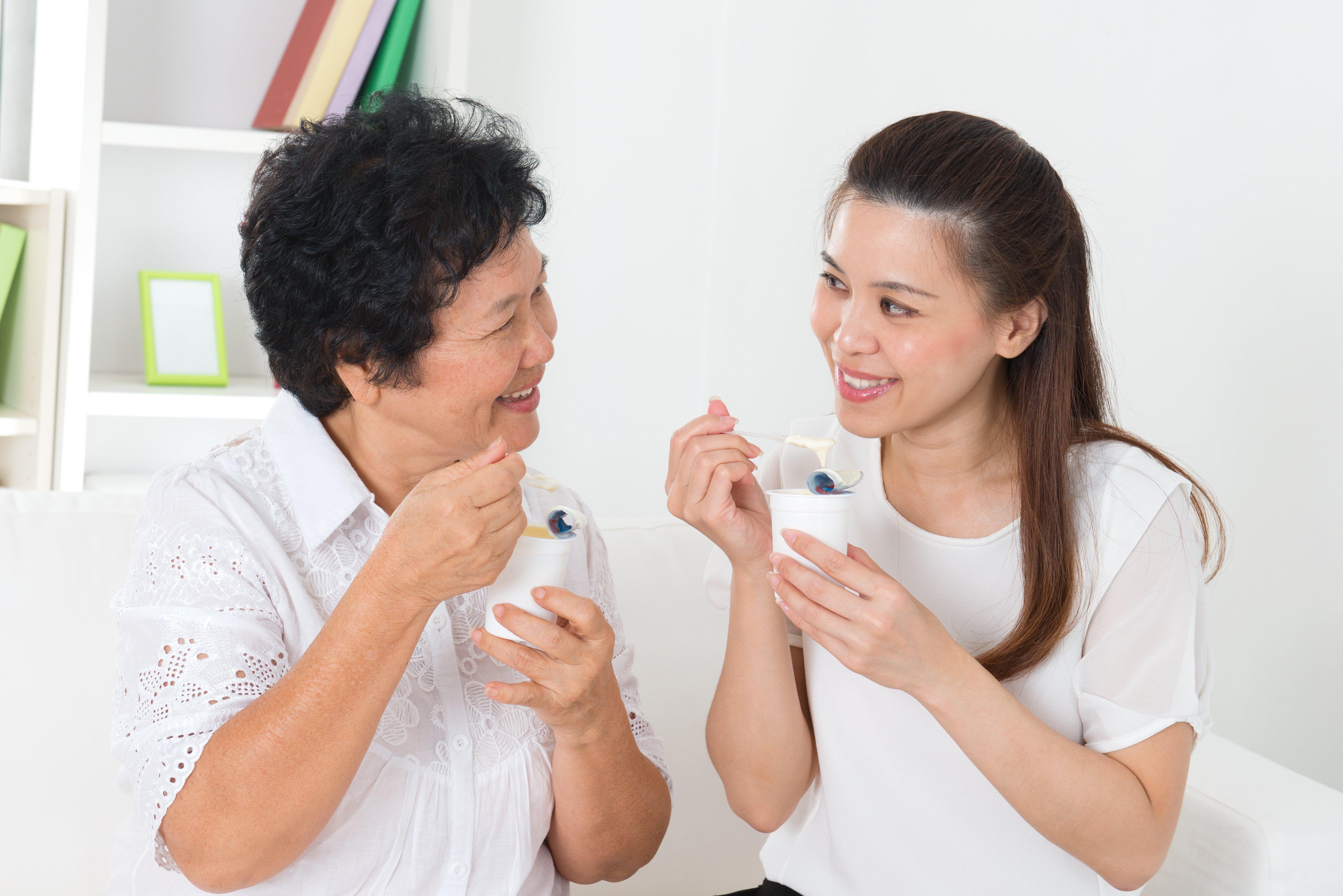 Femmes chinoises yaourt